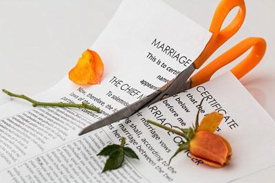 Осуществляем развод без присутствия сторон